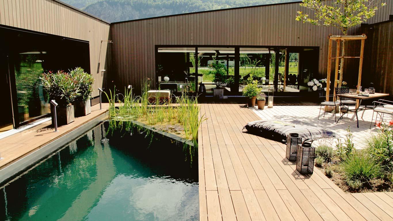Biopiscine naturali Swimming Pond con piante acquatiche a Sestriere - Chagall Giardini